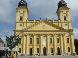 Debrecen városa azt kívánja üzeni, hogy a gyermeknap elsősorban ne az ajándékokról szóljon!