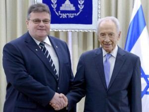 President Peres meets Lithuanian FM Linkevikius