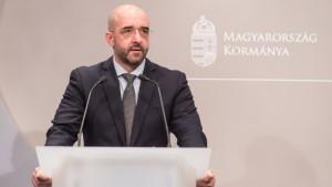 Kormány.hu – heti politikai összefoglaló magyar és angol nyelven.