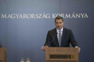 A Miniszterelnökséget vezető miniszter az 50. Kormányinfón