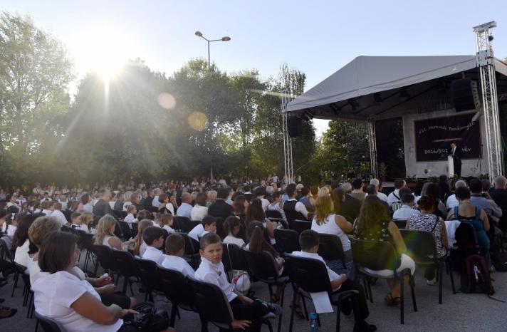 Balog Zoltán: Versenyképes és értékalapú iskola létrehozása a cél
