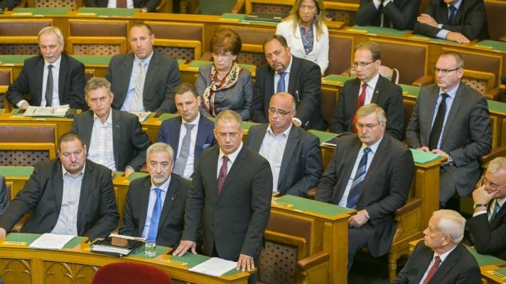 A Fidesz frakcióvezetője napirend előtti felszólalásában