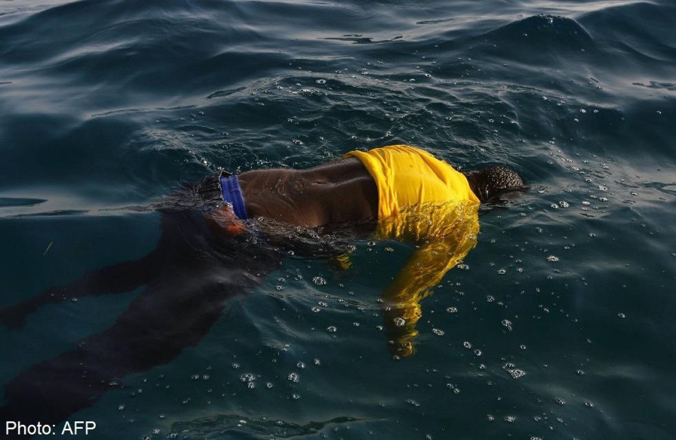 Boris Johnson: Afrikánál kell megállítani a migránsokat
