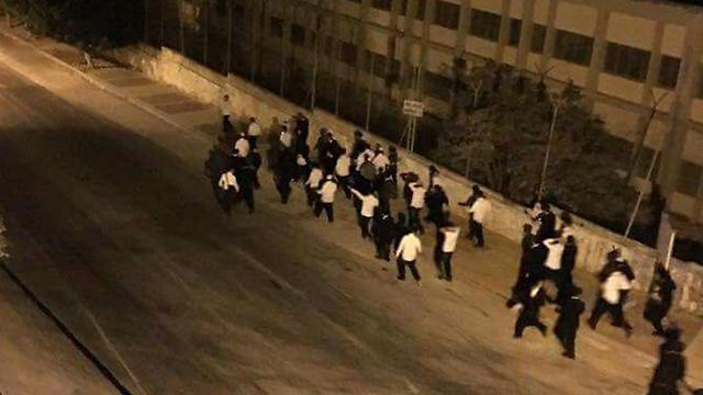 Palesztinok meglőttek egy izraeli katonát Nábluszban