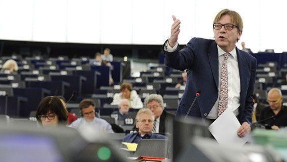 Verhofstadt 2019-ig lezárná a Brexitet