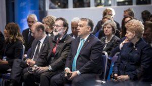 Orbán Viktor miniszterelnök az EU szociális csúcstalálkozóján, a svédországi Göteborgban.