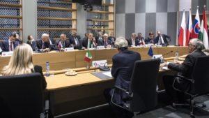 Orbán Viktor Brüsszelben, a visegrádi országokkal tartott tanácskozást követően .