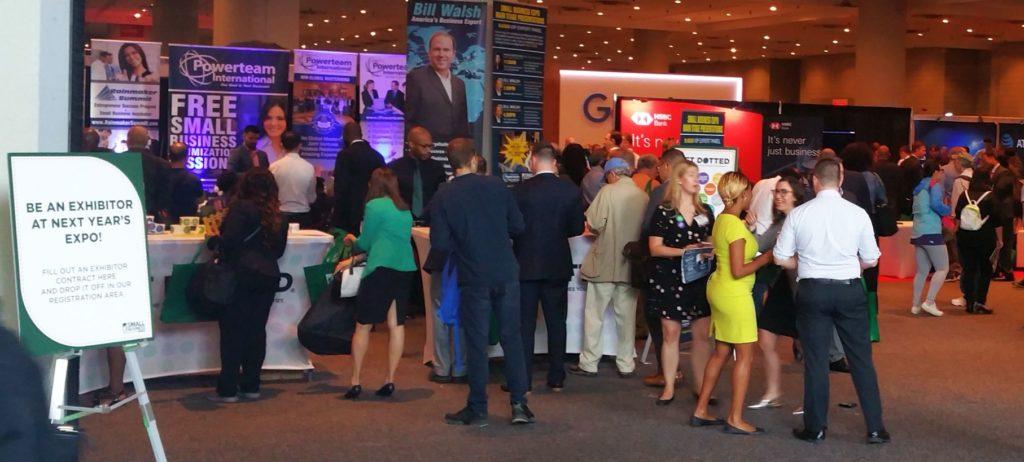A New York-i Jacob Javits Konferencia és Kiállítási Központ, amely a világ egyik legnagyobb kiállítási központja, adott helyet a SMALL BUSINESS EXPO-nak, amit úgy hirdettek meg, hogy ez az USA legnagyobb B2B Kereskedelmi Show-ja, Konferenciája és Network eseménye.