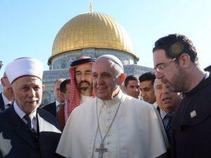 """RABBI: """"Szolgáltassa vissza Izrael kincseit a Vatikán!"""""""